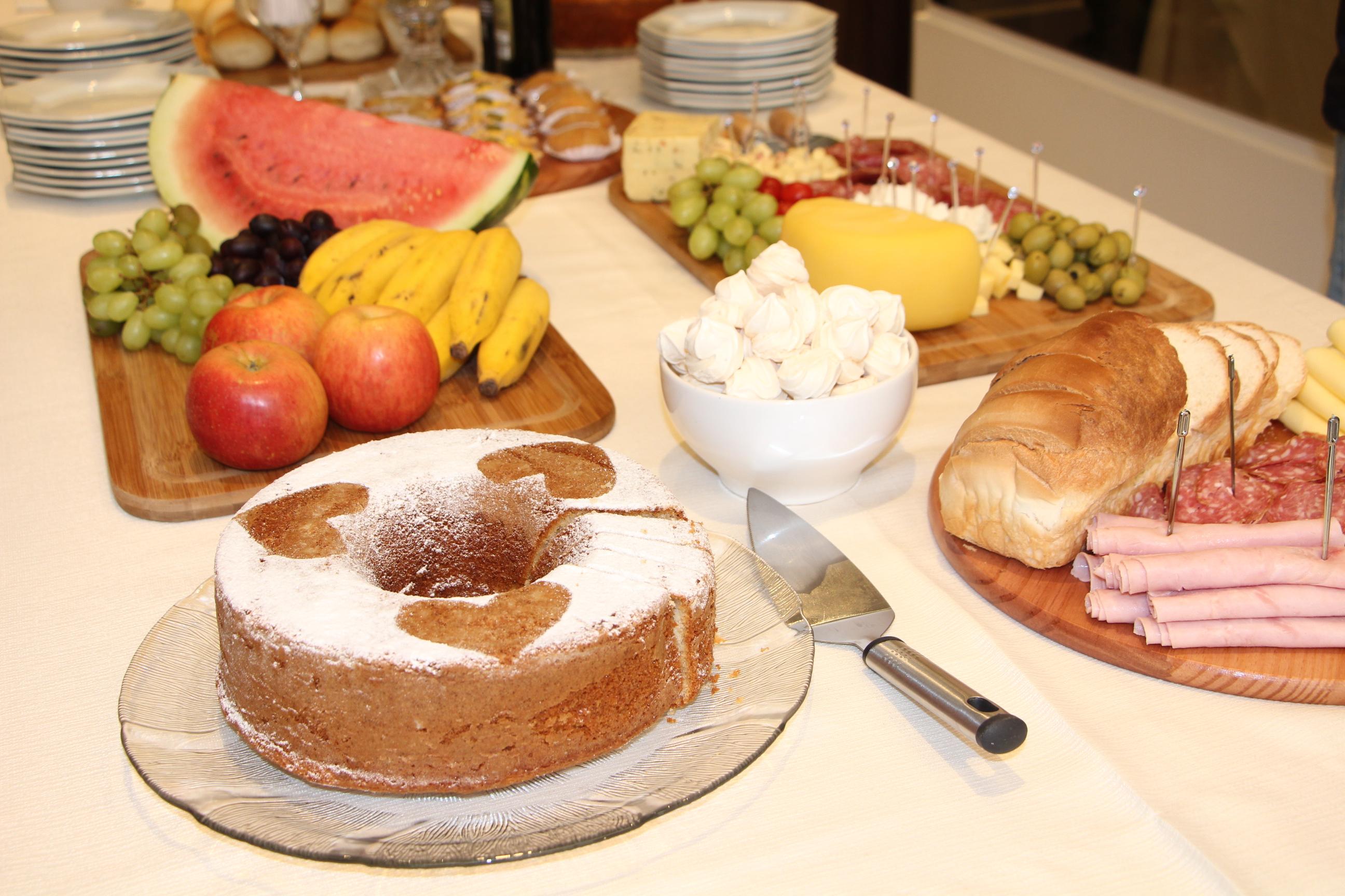 Café da manhã com visita guiada à Torre Bondade