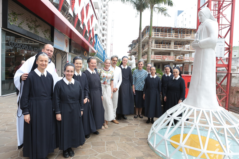Café Espírito Santo em homenagem às Irmãs de Schoenstatt.